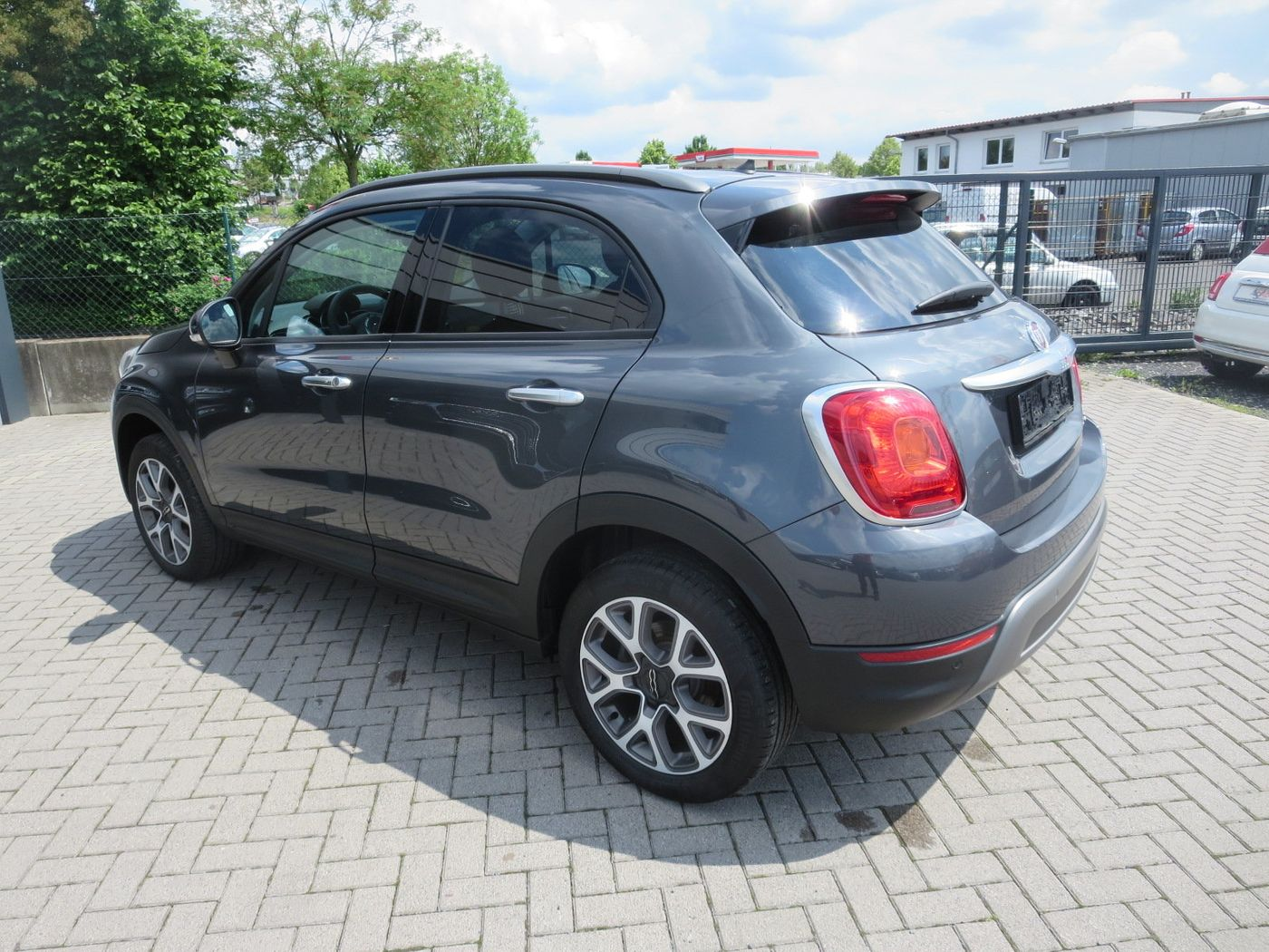 fiat 500x 1 4 multiair automatik 4wd gebrauchtwagen. Black Bedroom Furniture Sets. Home Design Ideas