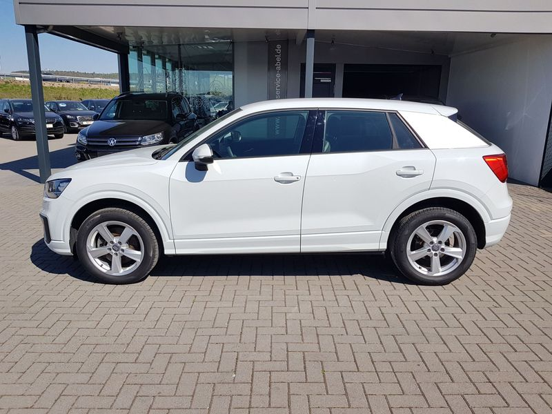 Q2 30 1.6TDI SPORT KOMFORT EDITION PDC|SHZ|CONNECT|