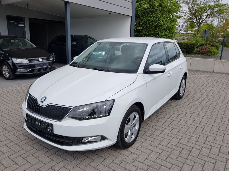 FABIA 1.0TSI AMBITION PLUS LED|PDC|BLUES|KESSY|MAL