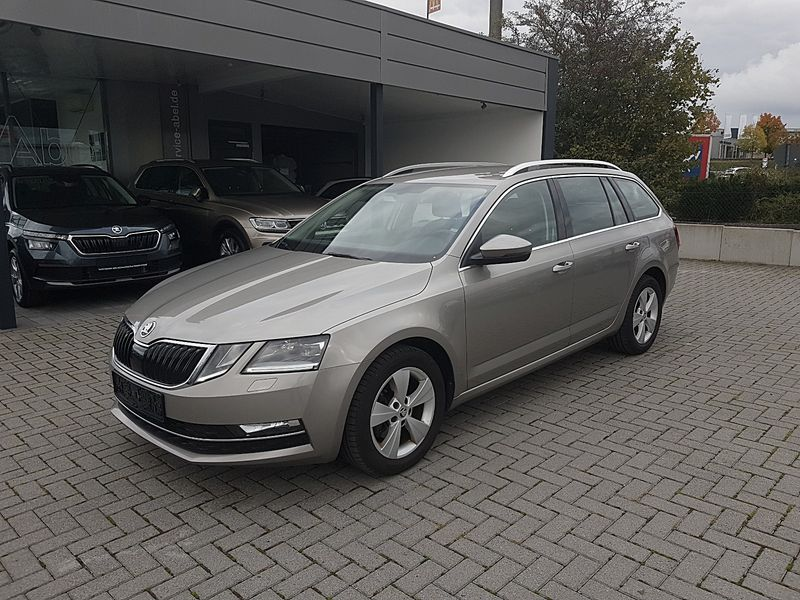 OCTAVIA 2.0TDI DSG STYLE BUSINESS LED|ACC|CONNECT|