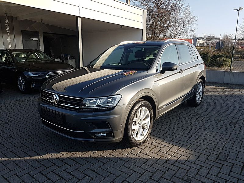 TIGUAN 2.0TDI DSG HIGHLINE ACTIVE|KAMERA|ASSIST|