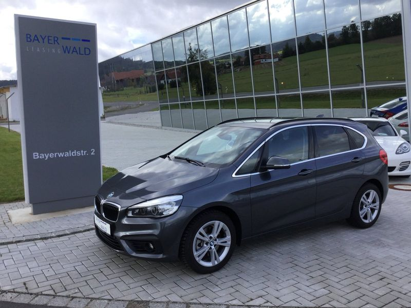 220i Active Tourer 192PS Automatik Advantage LED NAVI