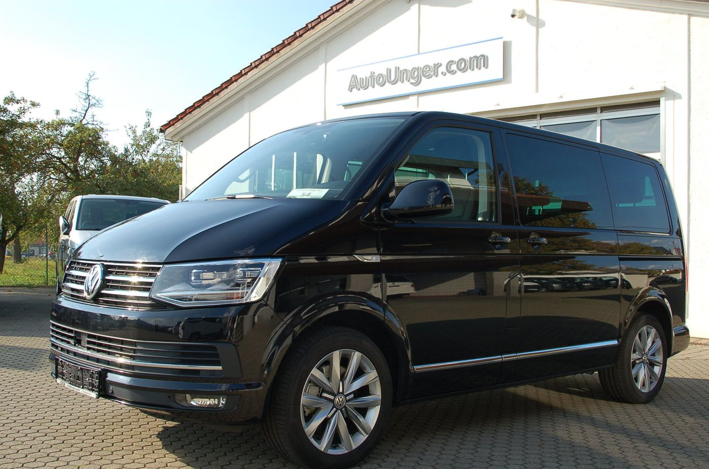 vw t6 multivan highline dsg ahk acc gebrauchtwagen bus. Black Bedroom Furniture Sets. Home Design Ideas