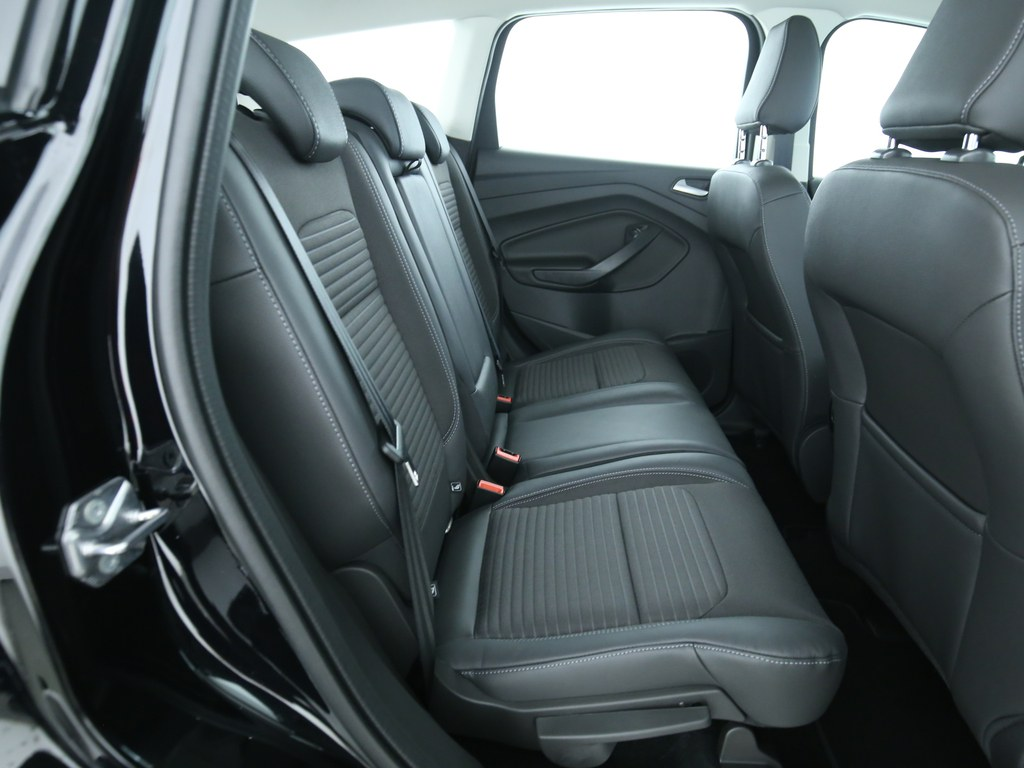 ford kuga 2 0 tdci titanium automatik tageszulassung. Black Bedroom Furniture Sets. Home Design Ideas