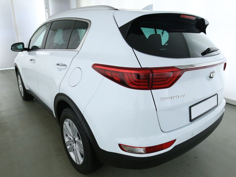 Sportage 1.6 GDI Dream-Team Edition Navi Kamera SHZ PDC Klimaaut Temp Nebel LMF