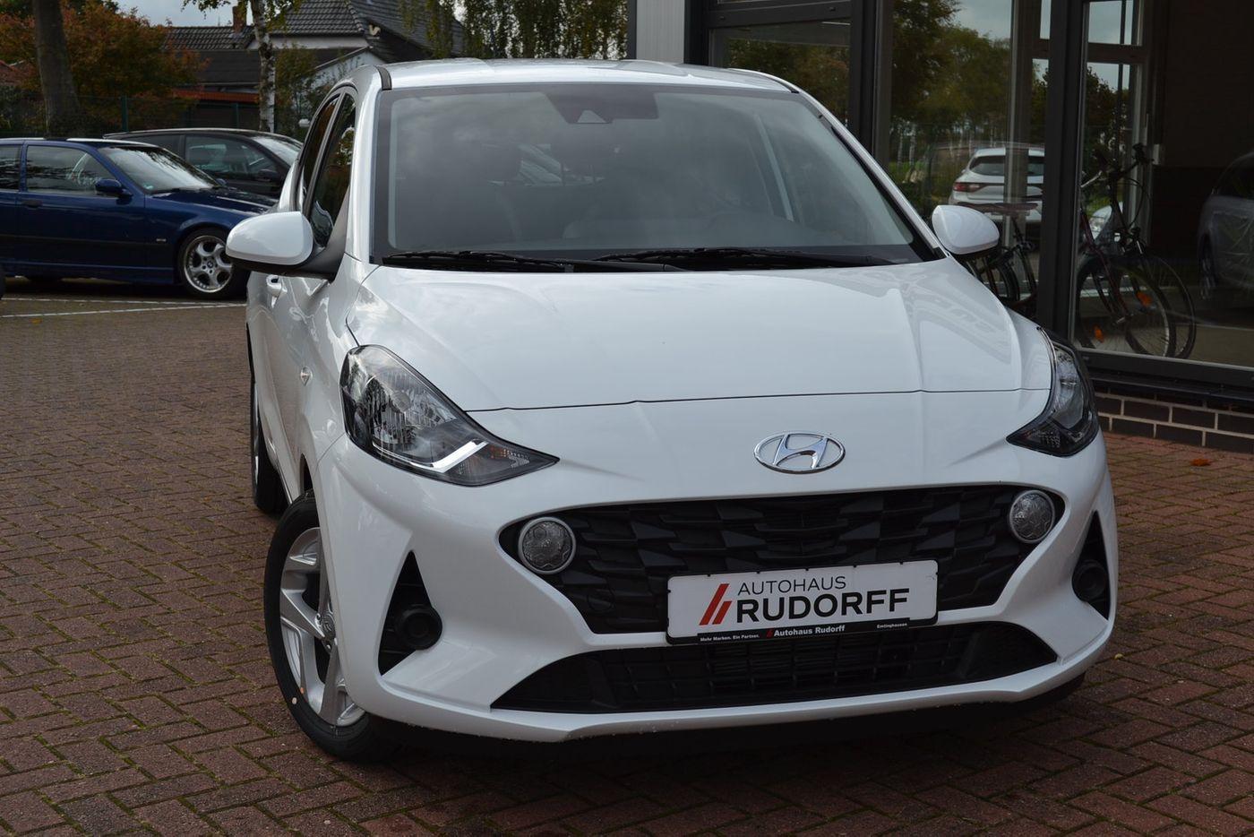 Sitzbez/üge Design Blau geeignet f/ür Hyundai i10 waschbar universal Auto Bez/üge EIN Set im 7 Farben erh/ältlich