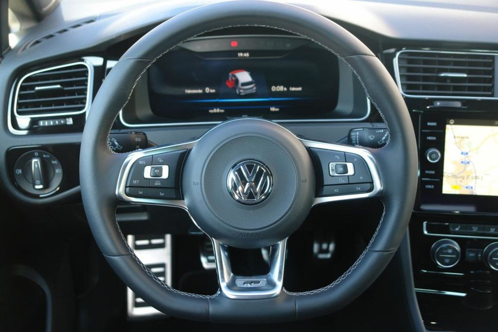Golf VII R-Line LED ActiveInfo Navi Kamera