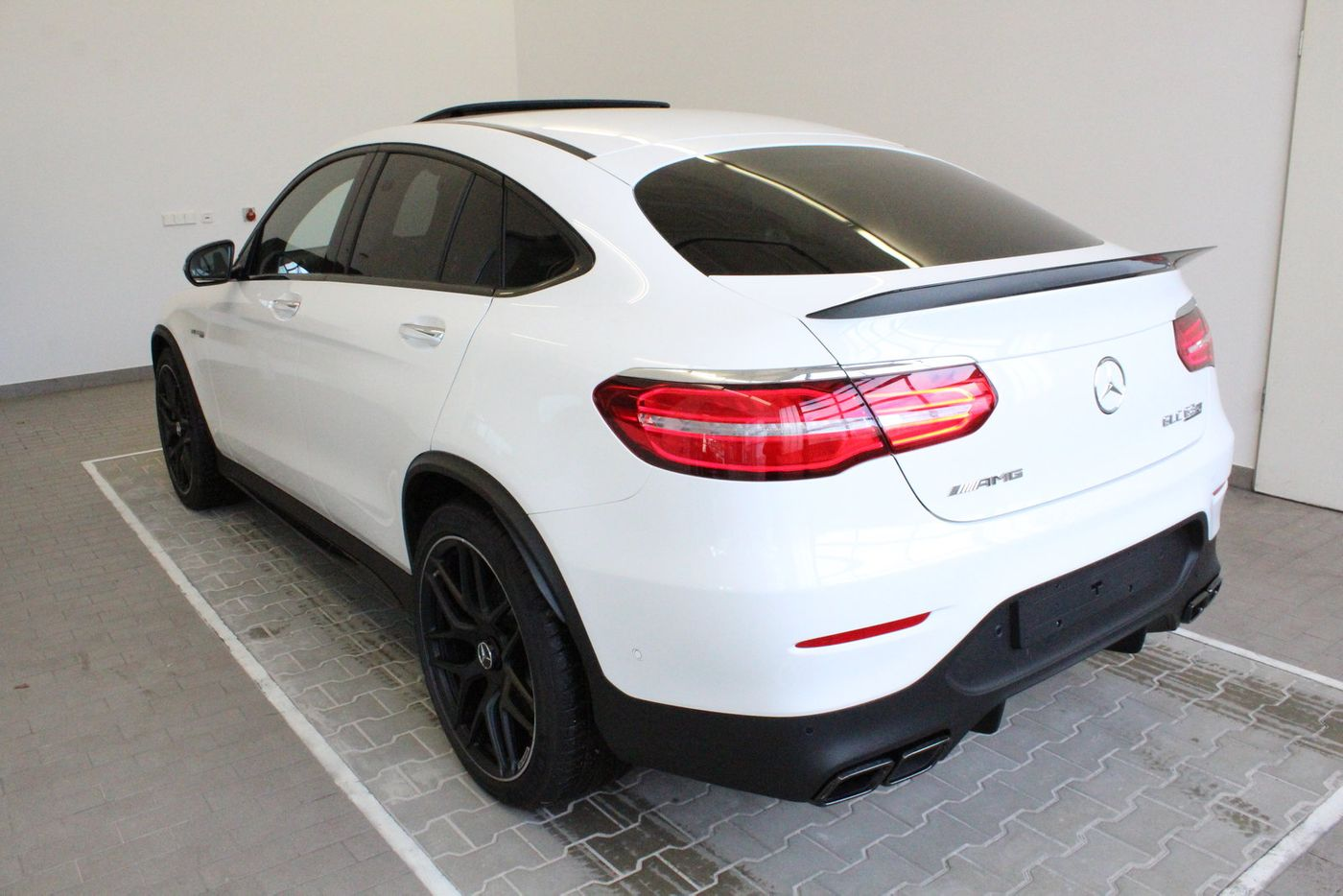 mercedes benz glc 63s amg 4m coup edition1. Black Bedroom Furniture Sets. Home Design Ideas