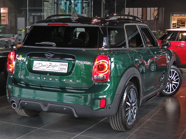 Cooper SE All4 Countryman JCW H&K Navi Head-Up Glasd.