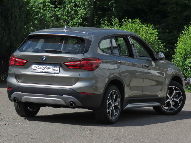 X1 xDrive20d xLine LED Navi Head-Up AHK Kamera