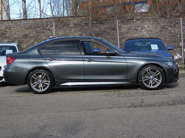 330d xDrive Limousine Sportpaket Head-Up LED Navi