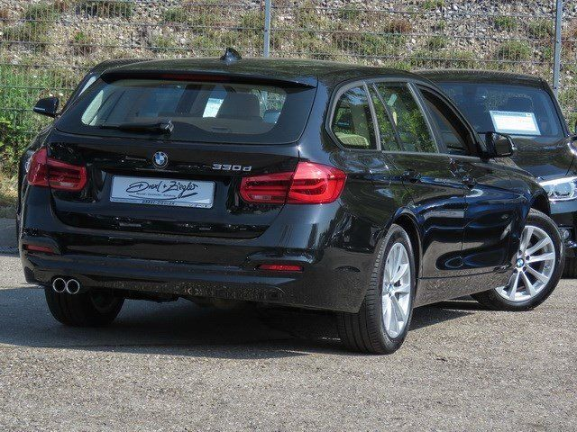 330d Touring Advantage Leder LED Pano.Dach Navi
